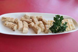 1712牛久クリームチーズ.JPG